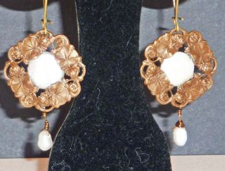 Vintage look coin pearl earrings2